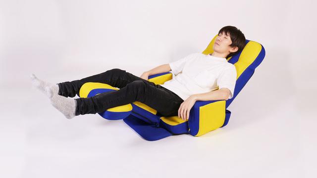 【座り方5】うたた寝スタイル