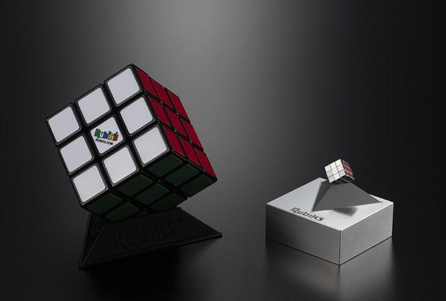 「ルービックキューブ40周年展」