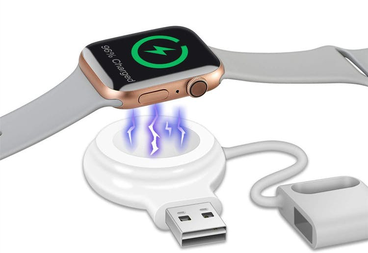 マグネットで吸い寄せてApple Watchを固定